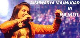 Aishwarya Majmudar in Rajkot Gujarat Live Concert 2016 by VYO at Racecourse Ground