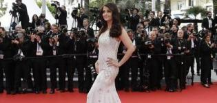 Aishwarya Rai in Cannes Festival 2014 Wearing Floor Length Ivory White Fish Tail Evening Gown