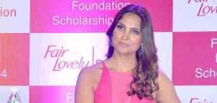Gorgeous Bollywood Actress Lara Dutta in Pink Dress at Fair & Lovely Foundation - Photos 2015