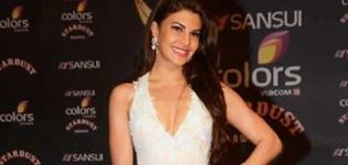 Jacqueline Fernandez in White Evening Gown at Sansui Colors Stardust Awards 2015 Mumbai