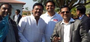 Jayesh Upadhyay of Bolbala Charitable Trust Rajkot at 2014 Kite Flying Festival Rajkot