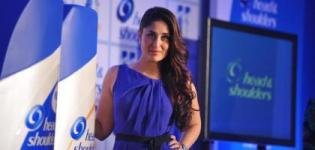 Kareena Kapoor Launches Head & Shoulders New Range wearing Blue Short Dress - 2014 Photos