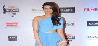Kriti Sanon in Sky Blue One Off Shoulder Gown at 61st FilmFare Awards 2016