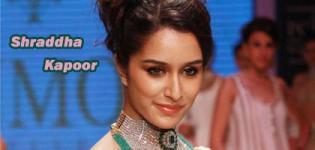 Shraddha Kapoor Face Close Up Photos - Lovely Beautiful Facial Expression of Bollywood Actress