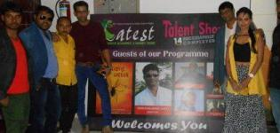 Star Cast of Makad Jaala A Political Trap Movie in Rajkot at Talent Show Event