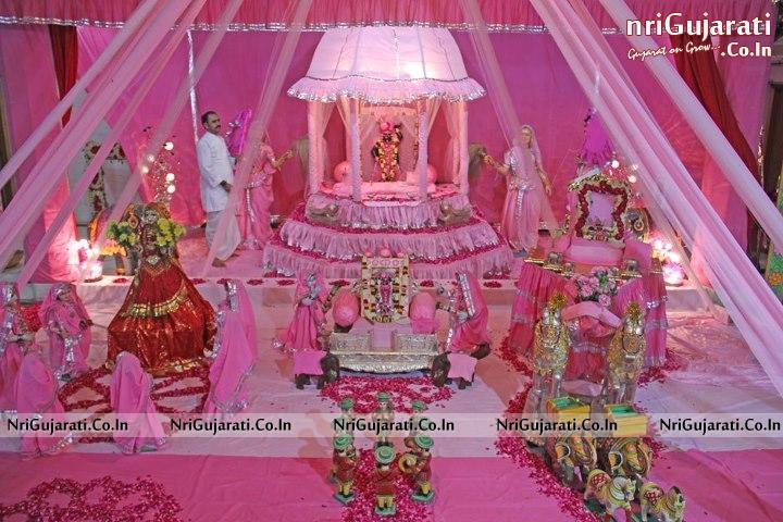 Popular God Shrinathji Haveli Darshan HD Wallpapers for free download